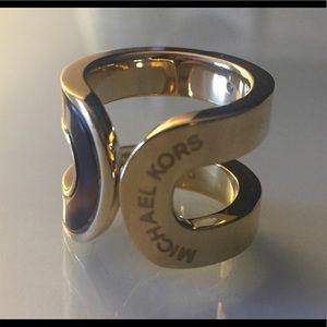 MK LOGO GOLD PLTD DOUBLE BAR BAND DESIGNER RING 7